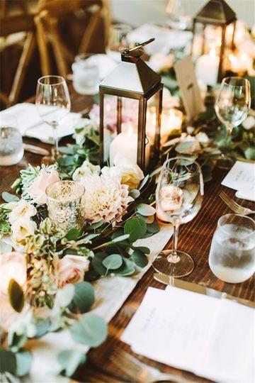 arreglos de mesa con velas para bodas