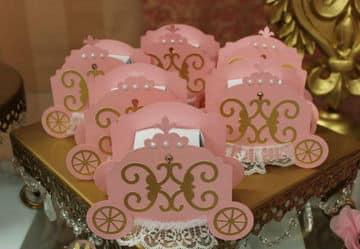 cajitas para mesa de dulces carrosas