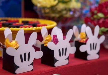 cajitas para mesa de dulces de mikey
