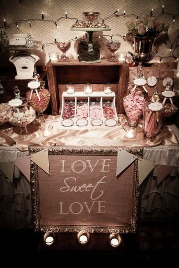 mesas de golosinas para bodas vintage