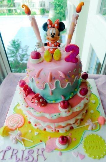 tortas de minnie coqueta 2 pisos