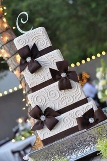 tortas para 15 años cuadradas 4 pisos