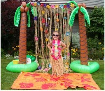 adornos hawaianos para fiesta en piscina
