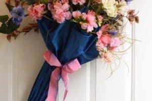 Bonitos y sencillos adornos primaverales para colgar