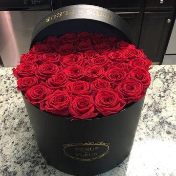 arreglos florales con rosas rojas pequeñas