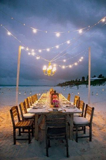 bodas sencillas en la playa de noche