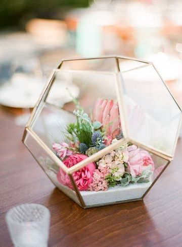 centros de mesa florales modernos sencillos