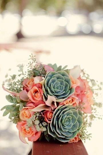 centros de mesa florales para boda de verano y primavera