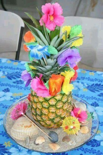 centros de mesa para fiestas hawaianas para 15 años