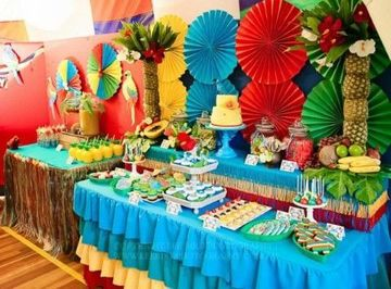 cumpleaños hawaiano infantil decorado