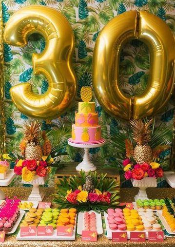 decoracion tropical para fiestas mujer