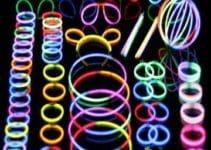 Originales y divertidos accesorios neon para fiestas