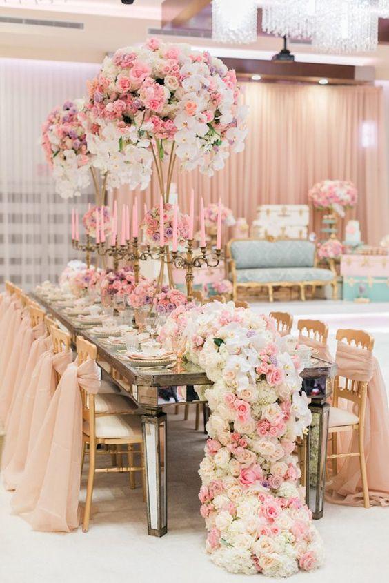 adornos de mesa para xv años con flores