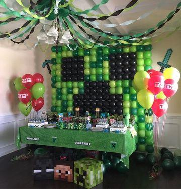 cumpleaños tematico de minecraft en casa
