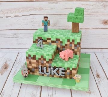 tortas de cumpleaños de minecraft tres pisos