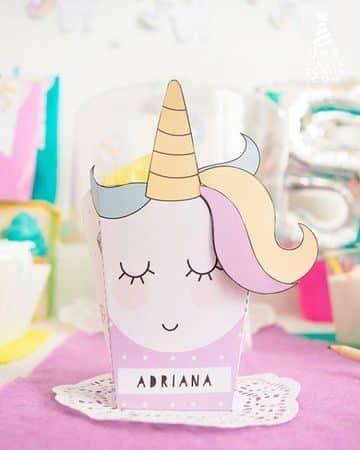 cartulinas decoradas para cumpleaños de unicornio