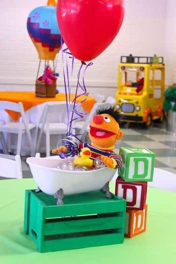 centros de mesa plaza sesamo para cumpleaños