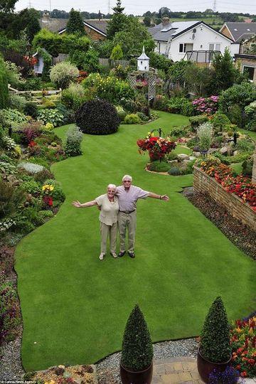 decoracion de jardines grandes de casas