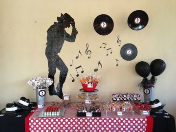 decoracion simple para cumpleaños tema michael jackson