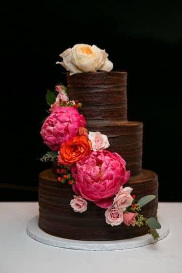 pasteles con rosas naturales para 15 años