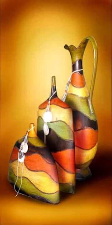 jarrones decorados para las salas en papel mache