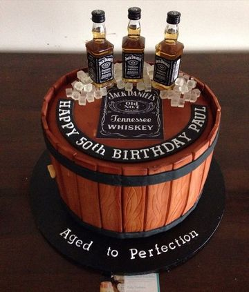 pasteles fondant para hombres de whiskey