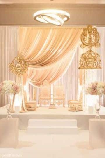arreglos de altares con telas para bodas