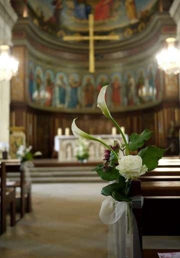 arreglos florales para boda religiosa sencilla
