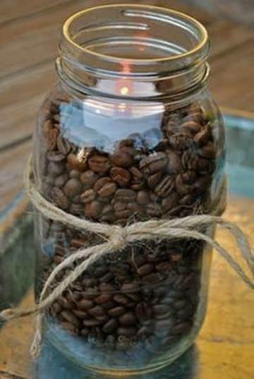centros de mesa con frascos de cafe sencillos