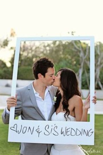 marcos gigantes para fotos de boda sencillos