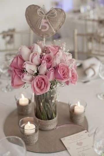 arreglos de mesa para matrimonio con rosas