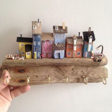 casas en miniatura de madera para colgar