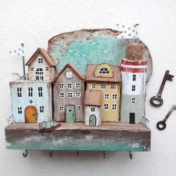 casas en miniatura de madera porta llaves
