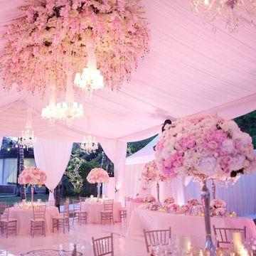 decoracion de techos con telas y flores