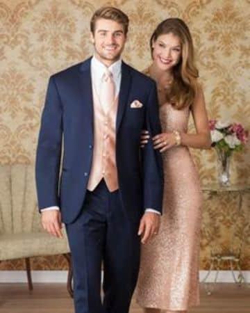 trajes de novio para boda civil combinado co la novia