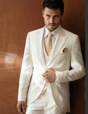 trajes de novio para boda civil elegante
