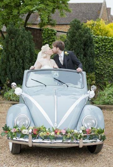 arreglos de carro para boda sencillos