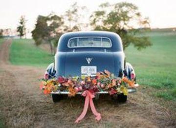 arreglos de carro para boda vintage