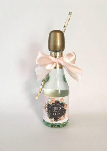 botellas decoradas para baby shower para recuerdo