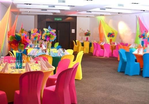 facil decoracion de colores para fiestas