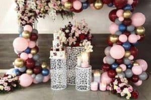 Hermosos y originales arreglos con globos para 15 años