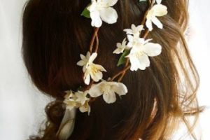 Coronas de flores para el cabello para todos los gustos