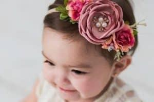 Diademas de flores para bebes para que luzcan como princesas