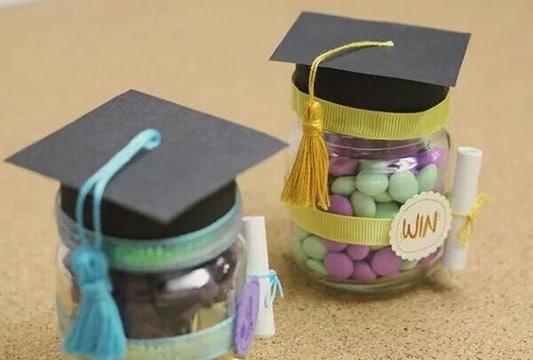 como hacer recuerdos de graduacion universitaria