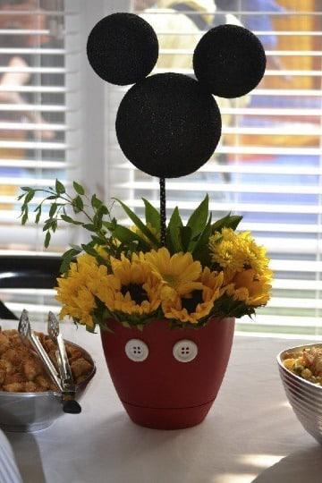 centros de mesa con macetas para fiesta infantil