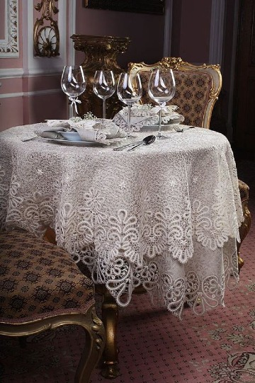 elegantes manteles para mesa redonda