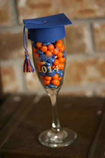 modelos de copas decoradas para graduacion