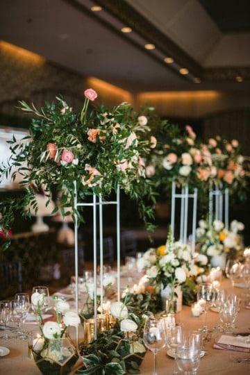 centros de mesa con floreros para bodas
