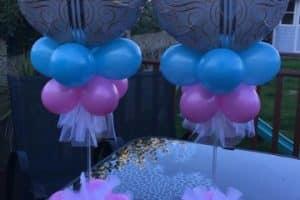 4 grandes arreglos con globos de helio para bautizo