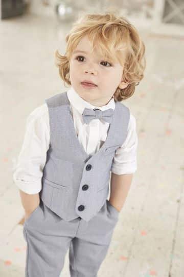 modelos de ternos de bautizo para niños